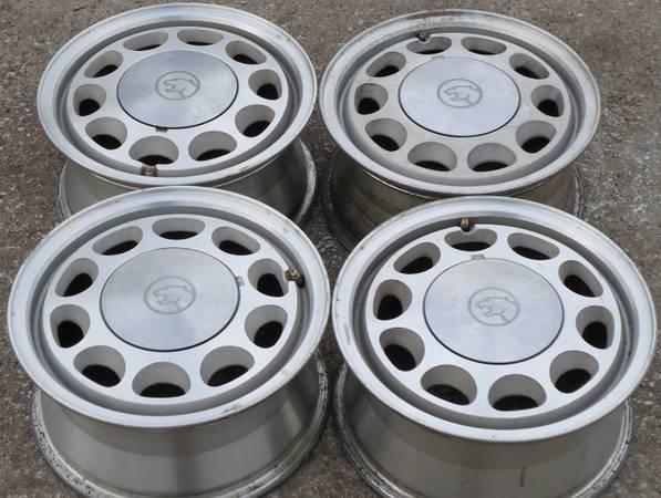 Metal  metal wheels, Mustang, Truck, Traveler - $1