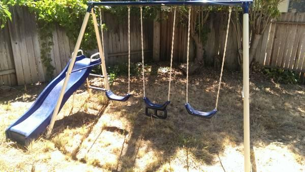 Metal / plastic swing set - $75