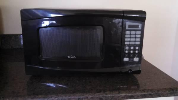 Microwave 700 Watt Rival For Sale In Fall River