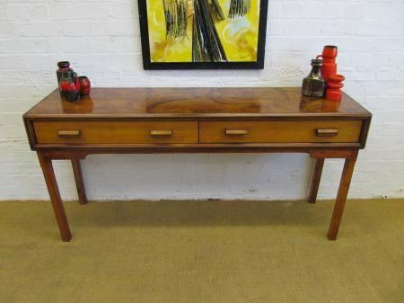 Exceptionnel Mid Century Danish 1960u0027s Long Low Sideboard / Credenza
