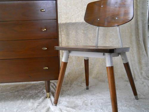 Mid Century Modern Chair By Hill Rom Company