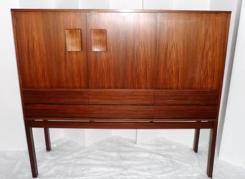 Danish Rosewood Credenza : Mid century modern danish rosewood credenza bar entertainment