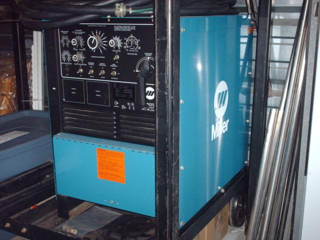 Miller Syncrowave 250 TIG Welder - Complete 47 Hrs. Beautiful