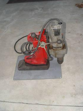 Milwaukee Adjustable Position Electromagnetic Drill