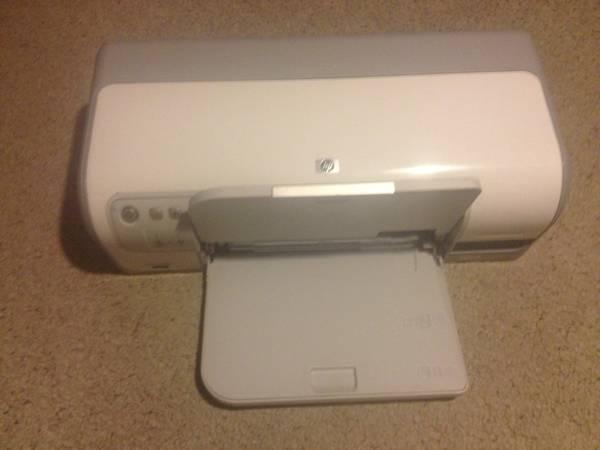 Mint condition HP Deskjet D4360 $189 in stores, asking