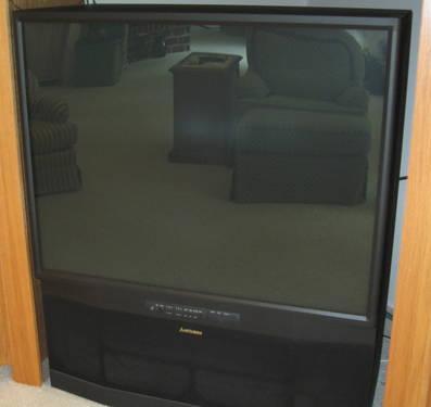 Mitsubishi 50 Widescreen Projection TV With Diamond Shield