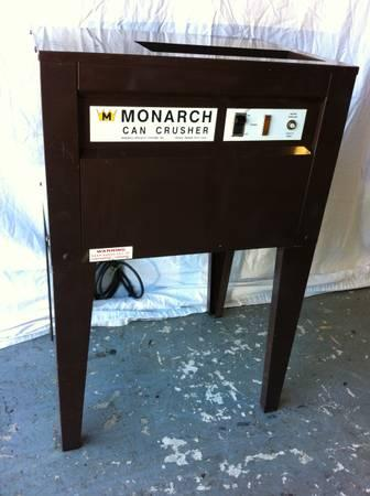 Monarch Model 8450 Commercial Aluminum Can Crusher