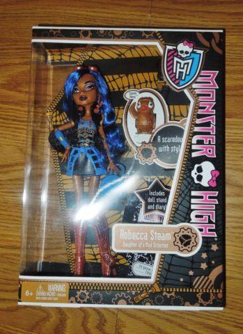 Monster High Doll - Robecca Steam , NEW in Box , First