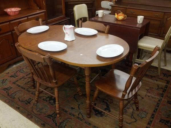 Moosehead 5pc dinette for sale in reading pennsylvania for Furniture reading pa