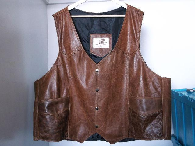 Motorcycle Leather Vest, Snap Button - Front w Two Pockets, Brown