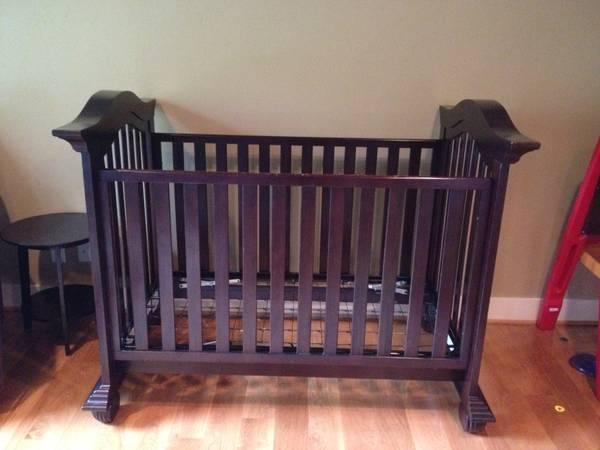 Munire Baby Crib For Sale In Hughson California