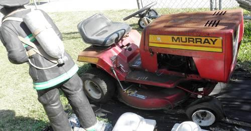 Murray Riding Lawn Mower For Sale In Brooksville  Florida
