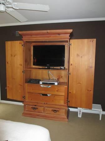 Thomasville Armoire/Entertainment Center