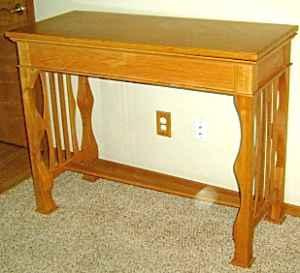 MUST SEE~ Solid Oak Sofa/Game Table (Black Jack, Roulette, Craps)   (Selah  For Sale In Yakima, Washington