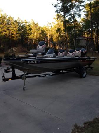 Must sell--2005 Bass Tracker/17.5' Pro Crappie w/25hp