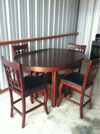 must sell kitchen table cherry wood and black leather