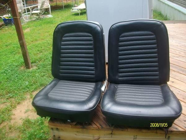 mustang seats for sale in hendersonville north carolina classified. Black Bedroom Furniture Sets. Home Design Ideas