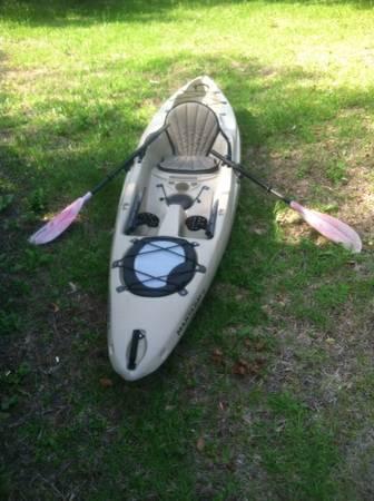 Native watercraft manta ray 12 sit on top fishing kayak 12 for 12ft fishing kayak