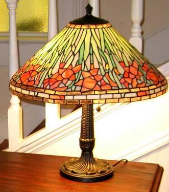 artwork antique items art glass stained glass lamp for sale. Black Bedroom Furniture Sets. Home Design Ideas