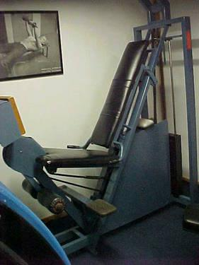 Nautilus 12 Vintage Workout Machines For Sale In New