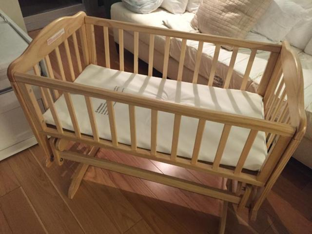 Nearly New Baby Furniture: Crib, Bouncer And Car Seat