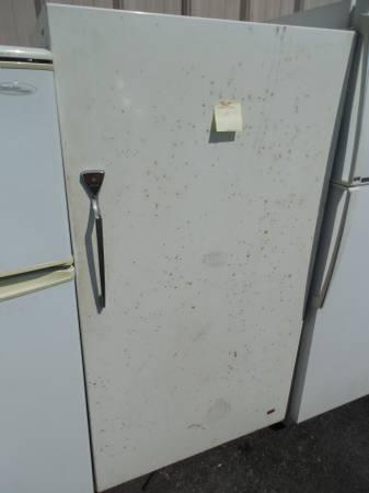 Need A Upright Freezer We Got It Like This Jc Penney Upright Freezer For Sale In Manor