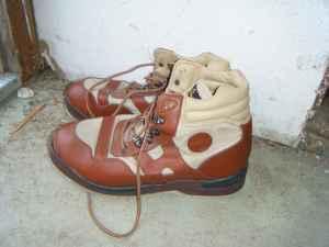 Neoprene fishing waders  boots - $50 La Pine