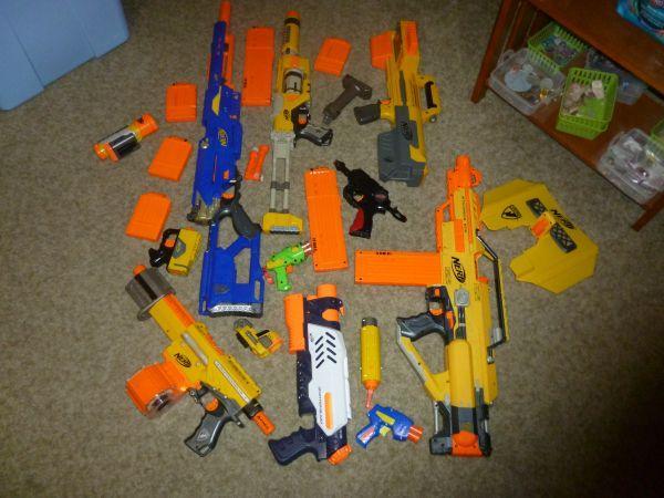 nerf guns lot $1 - $130 (fresno Ca.)