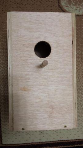 NEST BOX FOR QUAKER, COCKATIEL, LOVEBIRD, PARROTLET ...