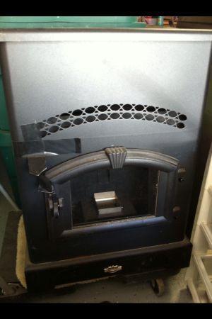 Never Used King Ashley Pellet Stove Heater 5510 Harker