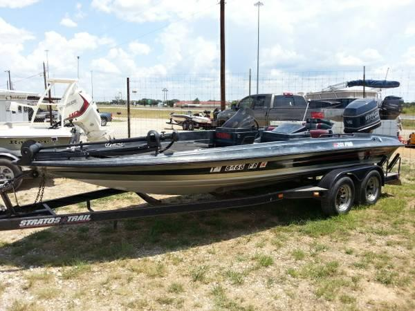 NEW     1990       Stratos       201    Pro w 200HP Evinrude    20 foot    1990       Boat    in Eastland TX   4329019471