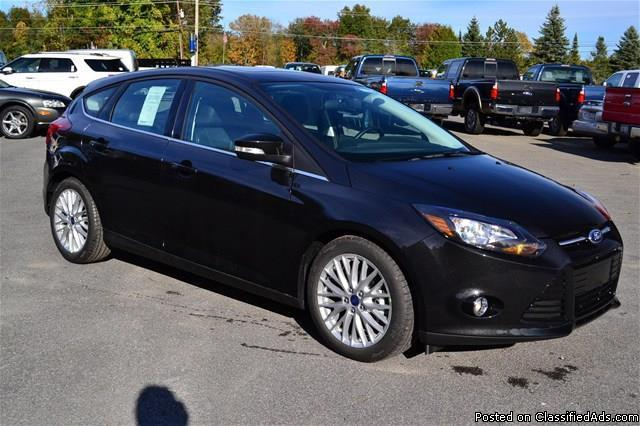 new 2014 ford focus 39 titanium 39 hatchback fully loaded rhinebeck for sale in rhinebeck new. Black Bedroom Furniture Sets. Home Design Ideas