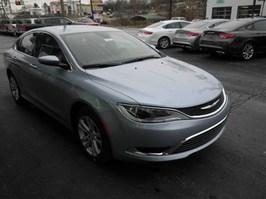 New 2015 Chrysler 200 Limited