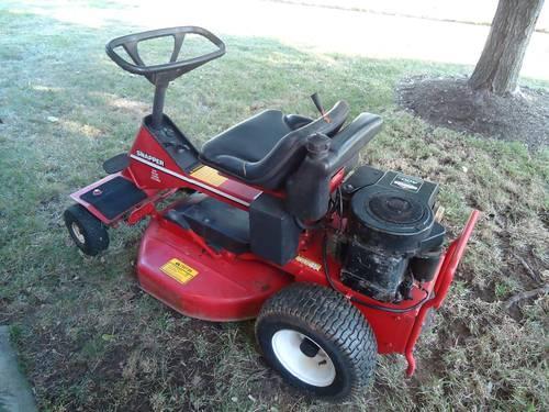 New 30 Husqvarna Zero Turn Lawn Mower 16hp Briggs For