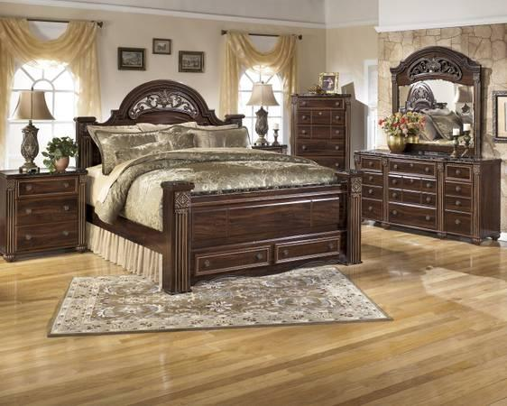 New-7 pc bedroom set by Ashley furniture - for Sale in Grove ...