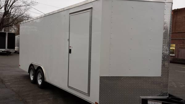 New 8 5x20 V Nose Enclosed Car Hauler Top Of The Line