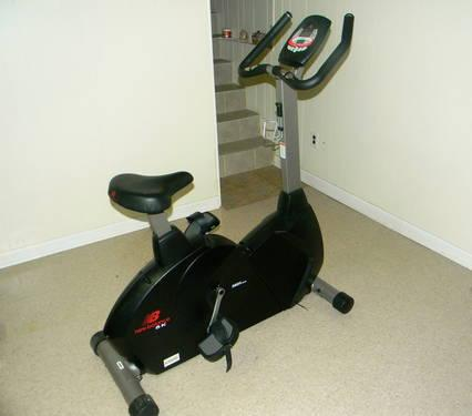 New Balance 5200 Upright Bike For Sale In Bloomfield New