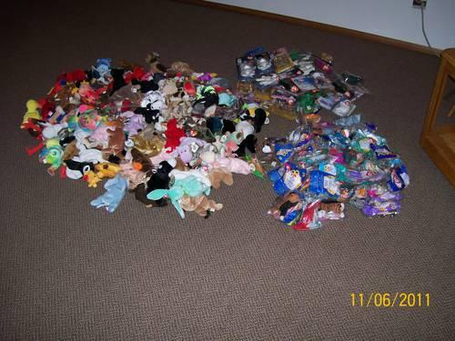 NEW BEANIE BABIES 128 ORIGINAL AND 85 MCDONALDS INCLUDED