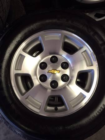 2014 Chevy Tahoe For Sale >> NEW CHEVY 17 inch wheels and tires - for Sale in ...