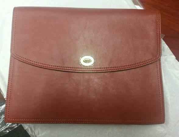 NEW COACH Cognac Brown LEATHER UNIVERSAL CLUTCH i Pad Hand Purse 61987 - $65