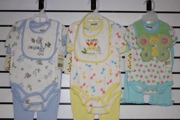 New Dulce baby brand boys/Girls clothes 4pc/set and for