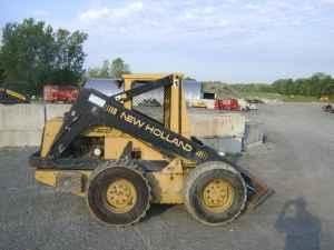 New Holland Skid Steer - $6500 (Lockport)