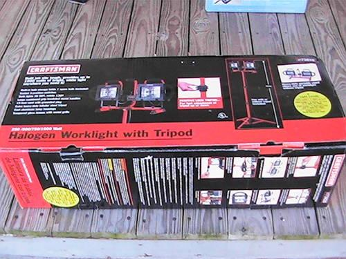 new in box craftsman halogen work light with tripod included for sale. Black Bedroom Furniture Sets. Home Design Ideas