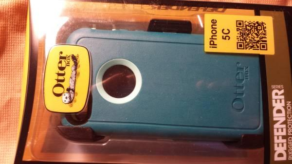 New in box Otterbox case for Apple 5c - $37