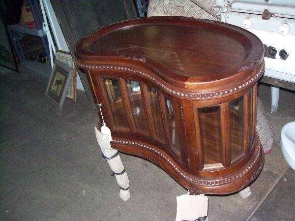 New kidney shaped tea table - $249 (Crystal Springs MS) - New Kidney Shaped Tea Table - (Crystal Springs MS) For Sale In