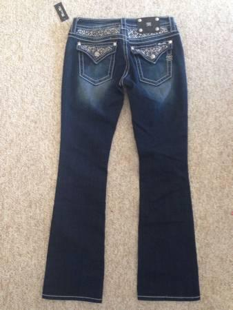 New Miss Me Jeans Size 29 - $75