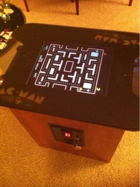 New Ms Pacman multicade cocktail style arcade game w 23 inch monitor
