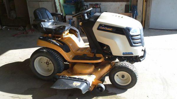 NEW PICS! Cub Cadet Mower SLTX 1054 Hydrostat 54