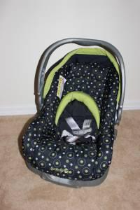 NEW Safety 1st Car Seat Base