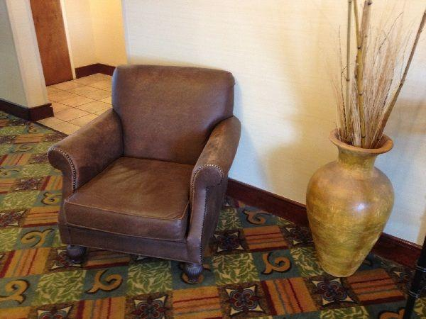 New Shipment Of Furniture Coming To Hotel Quality